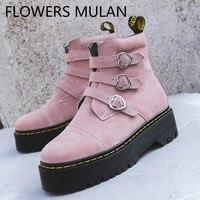 Милые розовые, черные замшевые ботильоны для женщин три металлические сердце пряжка зимняя обувь Женская Круглый Носок Средний Резиновый К