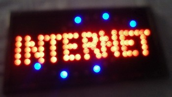 Led- 2017 hot sale 10X19 inch indoor Ultra Bright running Internet Bar Neon light sign