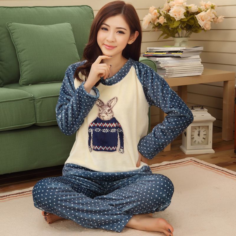 Autumn and winter flannel pajamas thickening women flannel for Women s flannel sleep shirt