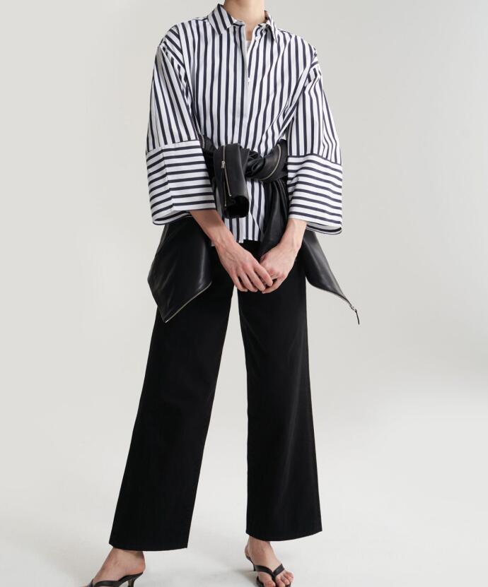 Bibione 구조화 된 모양의 셔츠 스트라이프 버튼 업 칼라 둥근 와이드 슬리브는 허리를 기쁘게하고-에서블라우스 & 셔츠부터 여성 의류 의  그룹 2
