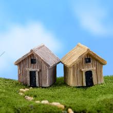 2 sztuk Mini drewniany dom figurki mikro element dekoracji krajobrazu domek dla lalek ozdoby Mini Craft miniatury Mini Craft mikro dekoracje krajobrazu tanie tanio Drewna Duszpasterska Plastics resins Resin process