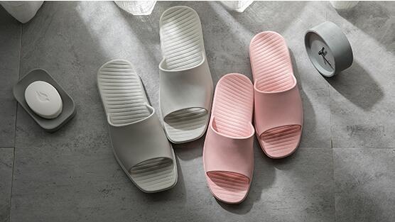 2019 Hotsale Männer Klassische Sandalen Leichte Feste Farbe Nicht-slip Sandalen Große Größe Mehrere Farben