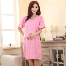 2019 Summer Maternity Nightdress Heart Print Breastfeeding Sleepwear V Neck Nursing Nightwear Casual Pregnancy Nightdress