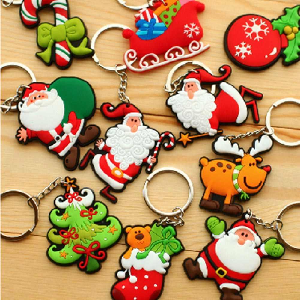 1 יחידות אב מיני קישוטי עץ חג המולד סנטה קלאוס סגנון מחזיק מפתחות במחזיק מפתחות חג המולד מתנות לילדים Creative pvc רך אקראי