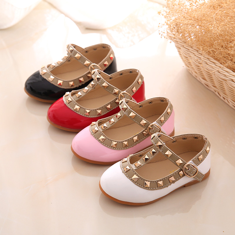 2017-girls-sandals-fashion-casual-leather-shoes-baby-princess-shoes-dancing-flats-baby-infant-fashion-flats-girls-rivet-shoes-2