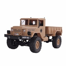 remoto con militar camión