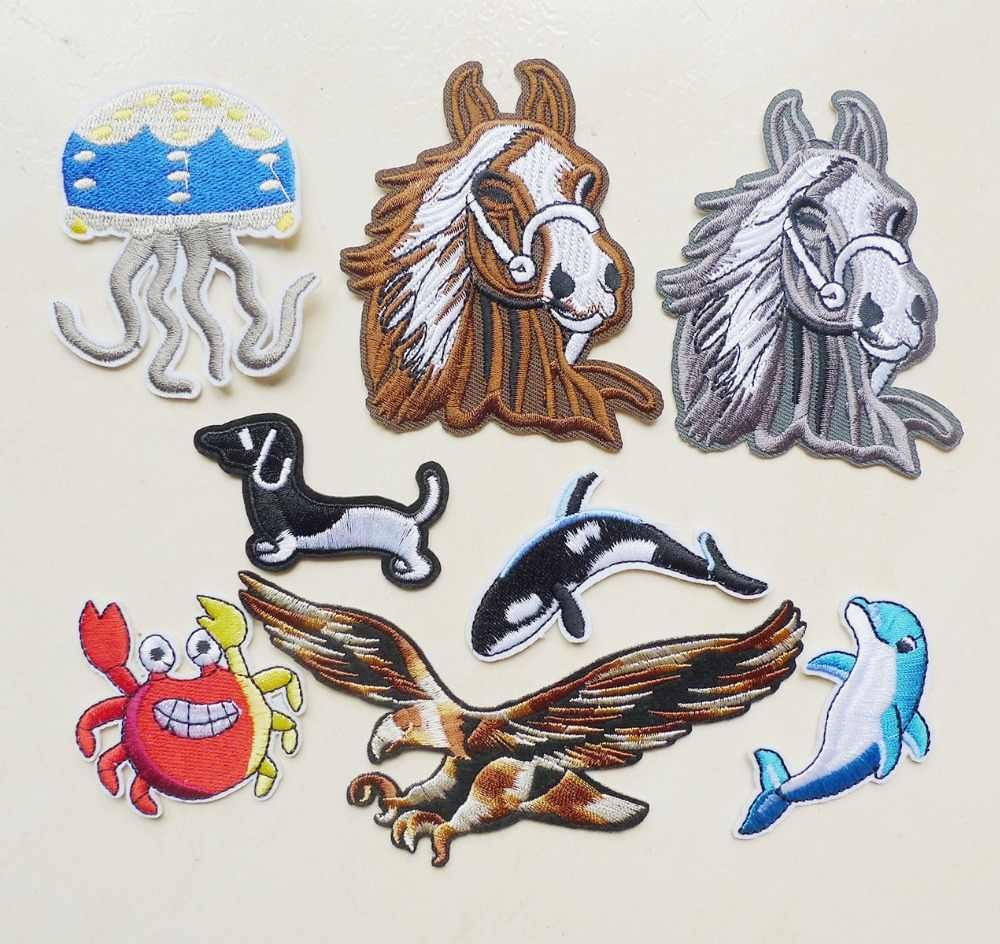 Eagle Horse Dolphin Crab Dog Jellyfish Animal Embroidery Iron on Patches for Clothing Jeans Applique Sew Badges Stripe Sticker