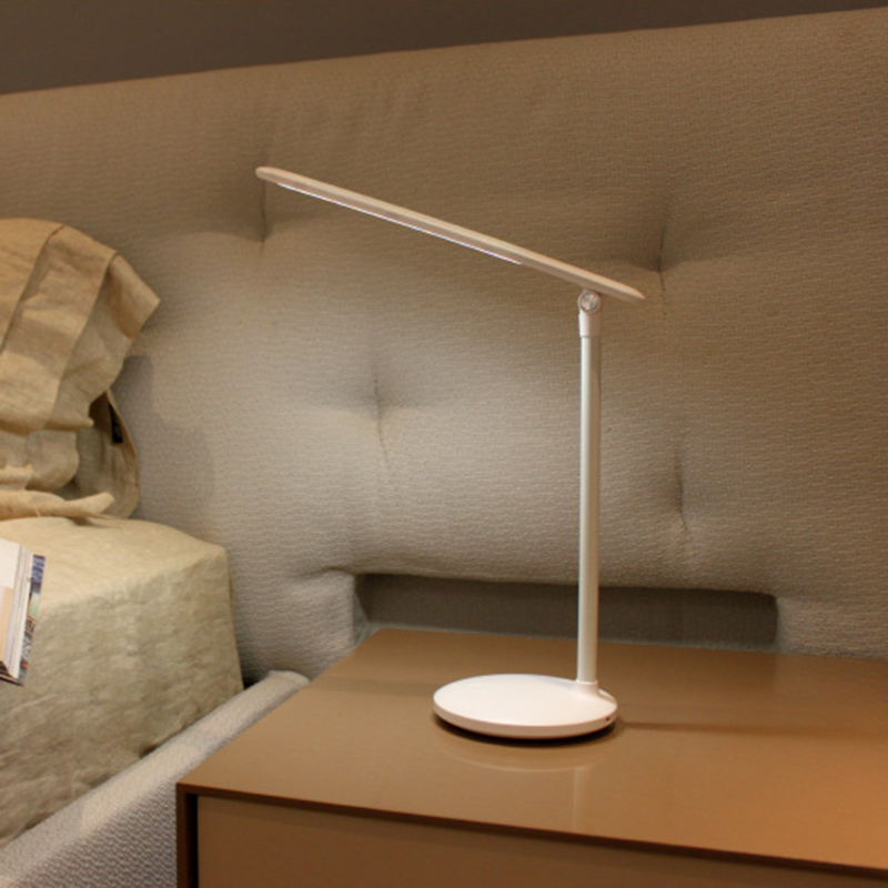 Eye Caring Table Lamps USB Charging LED Desk Lamp for Living Room Bed Room in Desk Lamps from Lights Lighting