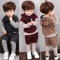 Весна осень детская одежда детская одежда мальчики и девочки устанавливает жилет + майка + брюки 3 шт. установить детские детская одежда