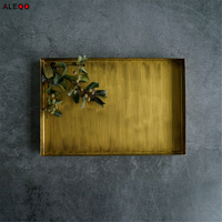 Retro Nordic Metal Office Table Storage Plate Chic Scandinavian Elegant Luxury Golden Office Desk Storage Tray
