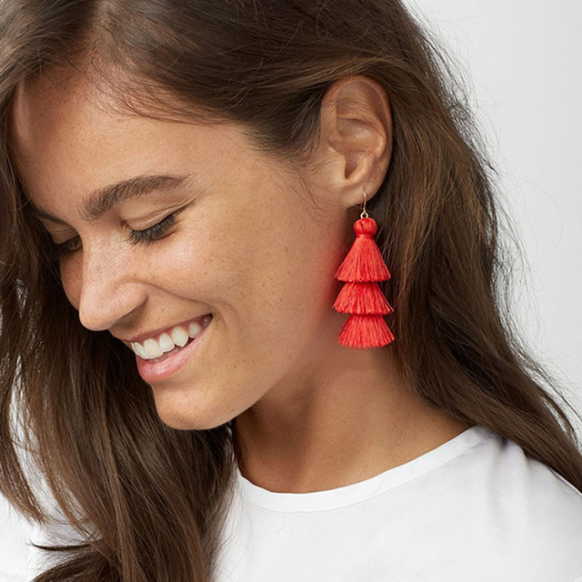 Best lady Fringed Cheap Statement Tassel Earrings Goof Quality Brand Hot Sale Fashion Women Drop Dangle Earrings Jewelry 5542