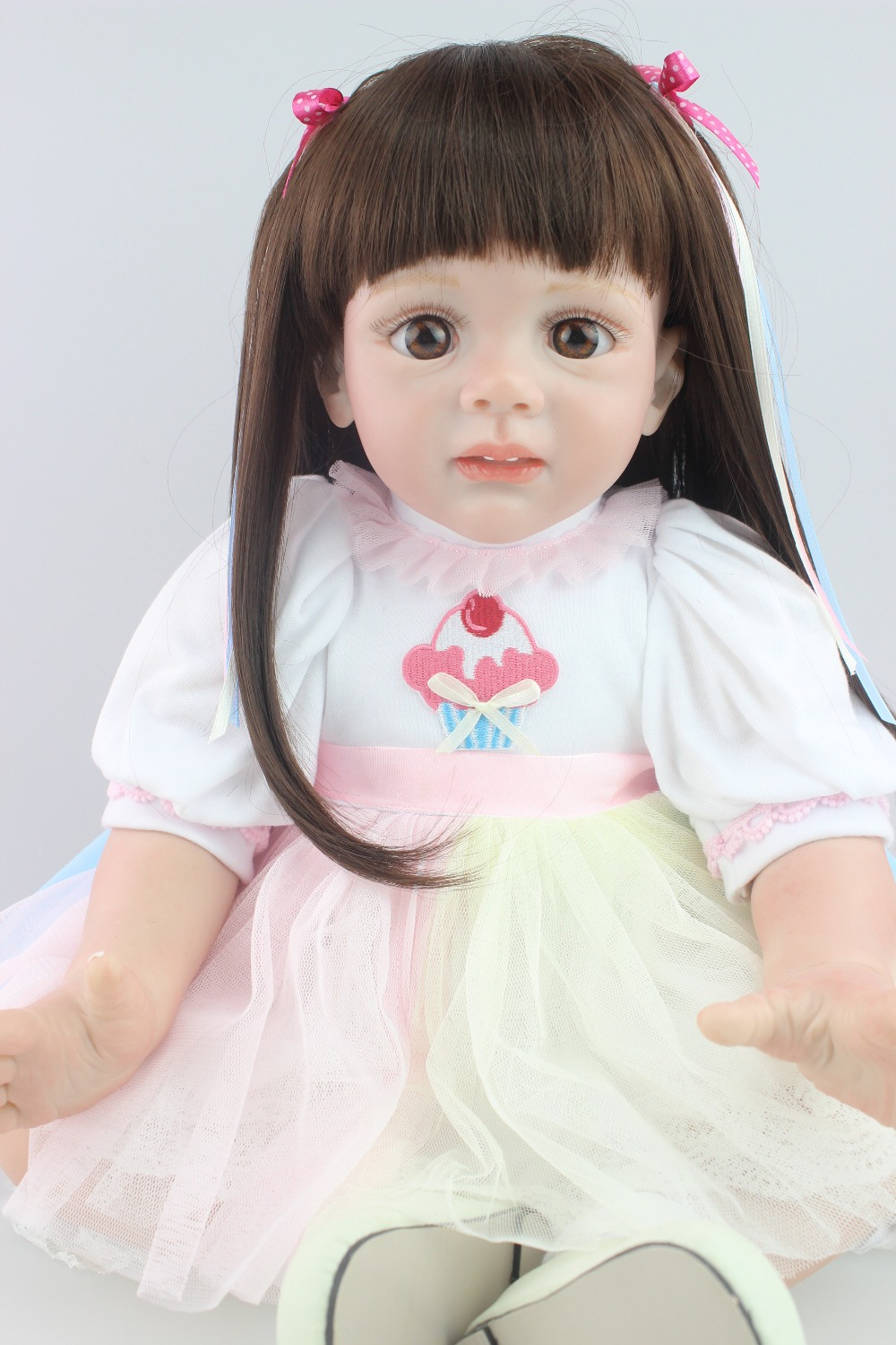 Fashion design new 24inch Reborn Toddler baby doll Fridolin lifelike sweet girl real gentle touch with long wig new arrived 55 60cm silicone reborn baby dolls fridolin sweet girl real gentle touch rooted human hair with pink dress newyear