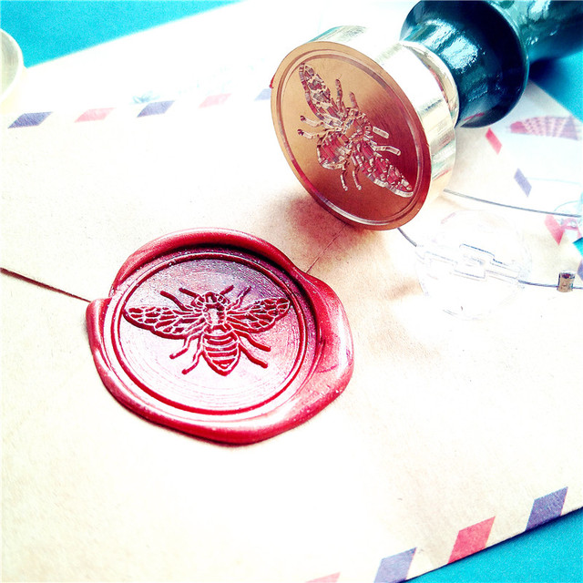 For DIY Crawn Bee Pattern Wax Seal Stamp Retro Wooden Antique Sealing Wax Scrapbook Stamps Craft Wedding Decorative Invitation 1