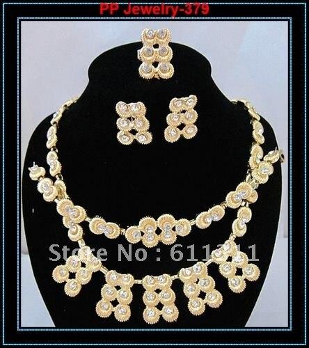 d7d91c43c33f Elegante de la boda vestido de novia joyería del oro Collar Pendientes  pulsera anillo