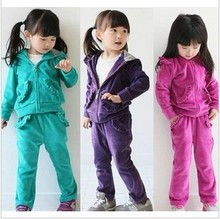 купить 2015 Spring and Autumn children girls velvet suit baby suit sportswear frozen kids clothes clothing set дешево
