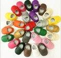 Zapatos de invierno bebé 2016 bebé mocasines borla zapatos del niño 1-3 bebé zapatos de los bebés libres del envío primero walker