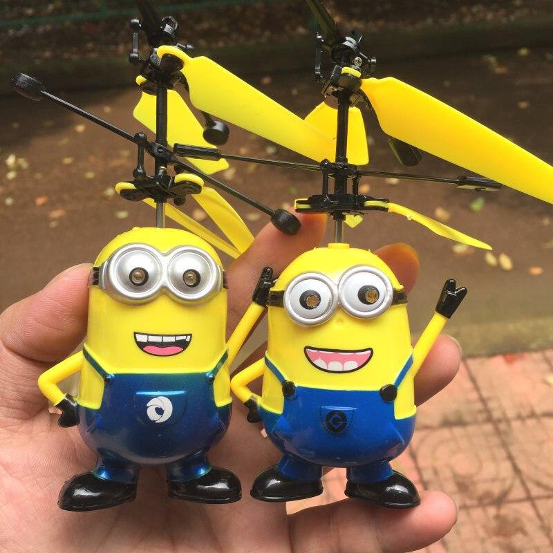 İndüksiyon RC Uçan Top Helikopter Despicable Me Uçan Minion Drone Helikopter Quadcopter Led Işık Çocuk Elektronik Oyuncak Çocuklar
