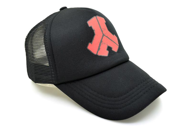 black trucker hat DSC_1634
