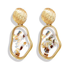 2019 Shell Acrylic Korean Earrings For Women Resin Round Stud Earrings Brincos Geometric Fashion Jewelry цены
