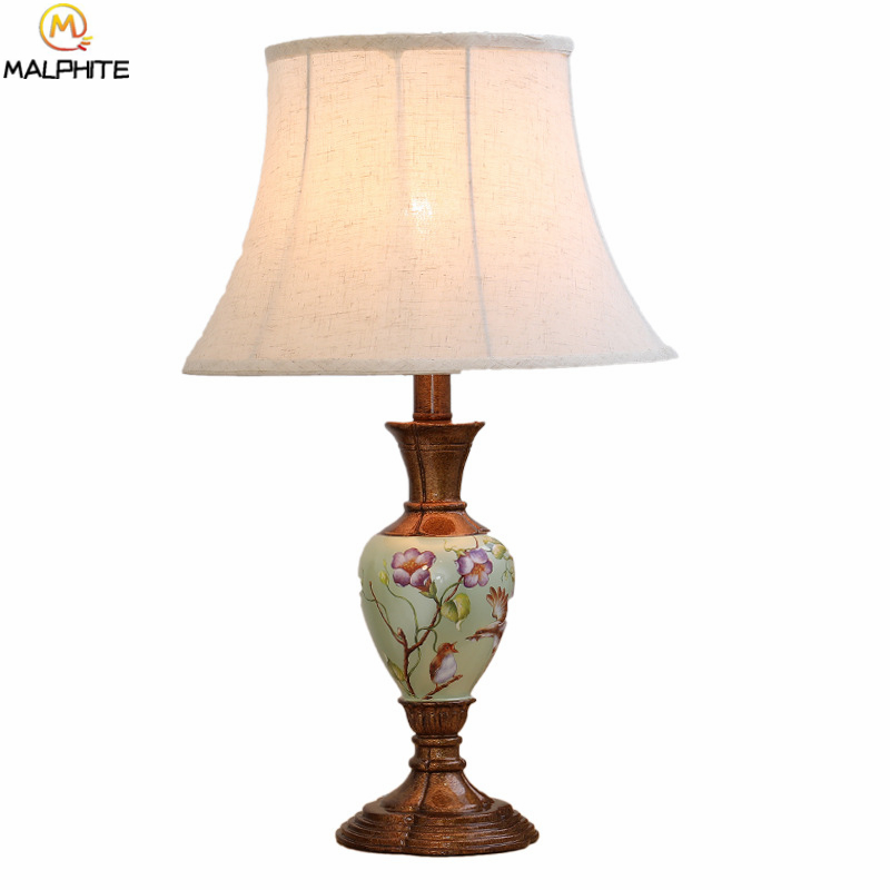 American table lamp bedroom bedside Wedding lamps table Nordic living room country Table light Modern home lighting fixtureAmerican table lamp bedroom bedside Wedding lamps table Nordic living room country Table light Modern home lighting fixture