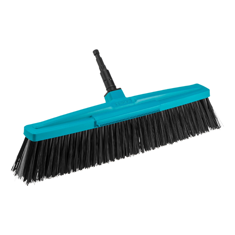 Brush GARDENA 03622-20.000.00 (For cleaning outdoor environments. Working width 45 cm. Recommended hand grip 130-150 cm. High Quality plastic case. Flexible pp bundles bristle. Scraper remover утопт brush scraper maxi plast 51 cm