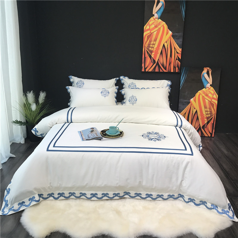 2018 Luxury white egyptian cotton bedding sets queen king 4pcs Embroidery duvet cover bedsheet set bedclothes2018 Luxury white egyptian cotton bedding sets queen king 4pcs Embroidery duvet cover bedsheet set bedclothes