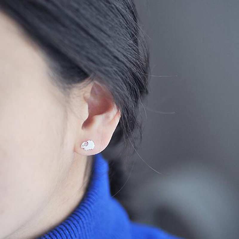 Ruifan Cute Sheep Shape 925 Sterling Silver Stud Earring for Women Girl Ladies Small Earrings Fine Jewelry Accessories YEA148 in Earrings from Jewelry Accessories
