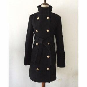 Image 2 - חדשה באיכות גבוהה אופנה 2020 סתיו חורף מעצב מעיל נשים של טור כפתורים כפול האריה כפתורי צמר מעיל מעיל