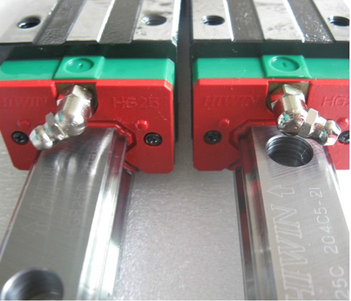 2pcs 100% original Hiwin linear guide linear rail HGR25 -L 1200mm + 4pcs HGH25CA linear narrow block for cnc router