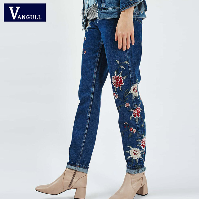 Women Flower embroidery Ankle-length jeans female Light blue casual pants capris 2017 Spring autumn Pockets straight jeans