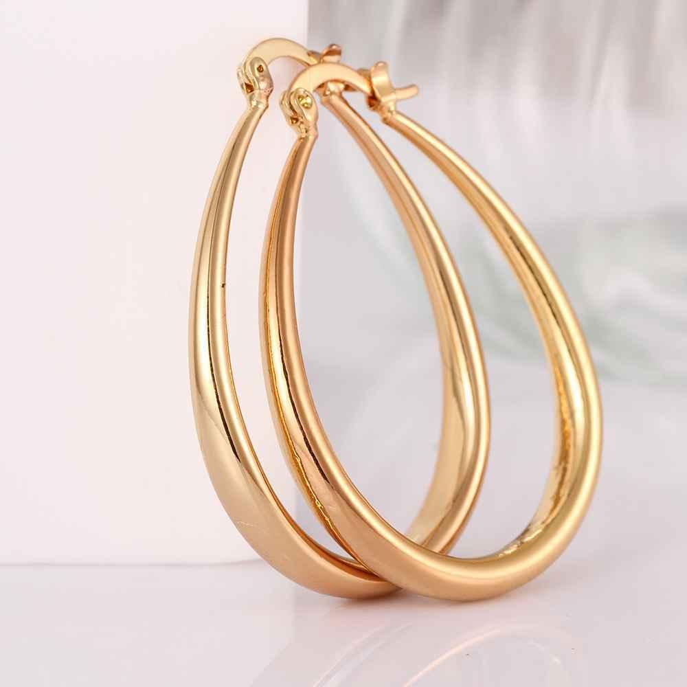 עיצוב אופנה זהב צהוב / רוז צבע זהב עגילים בינוניים עבור נשים 4.4 x 3.4cm U עגילי חישוק צורה עבור נשים orecchini