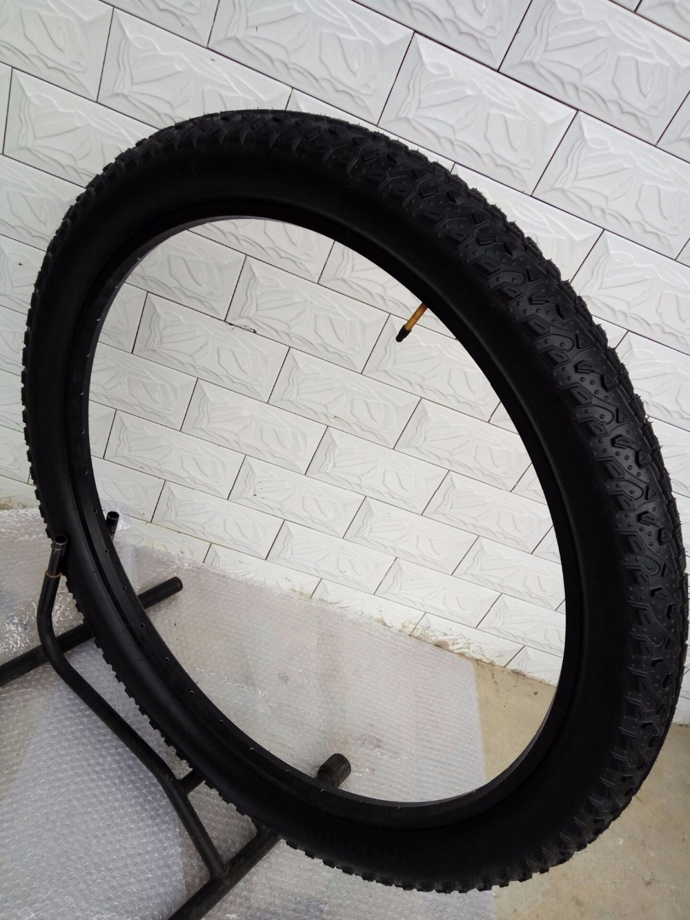 Free shipping original MTB bicycle tires 29er 26er 26*3.0 26*3.0 DH - Cycling