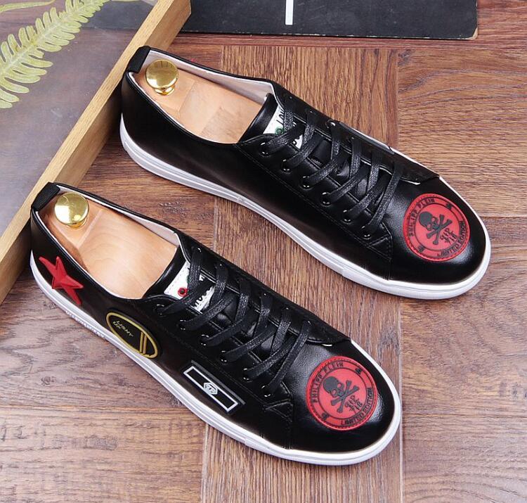 Mens Real rojo blanco Nueva Los Diseño Blanco Italiano Zapatos Cuero De Bordado Encaje Hombres Llegada Rojo Mocasines Negro qqrTAxavP