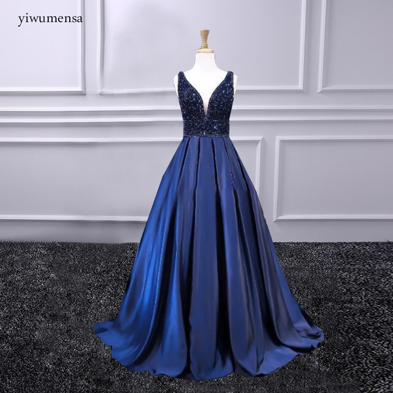 Sexy V Neck Lace Long   Prom     Dresses   2018 Satin Beaded crystals Princess A line Vintage Evening Gowns Vestido De Festa   Prom     dress