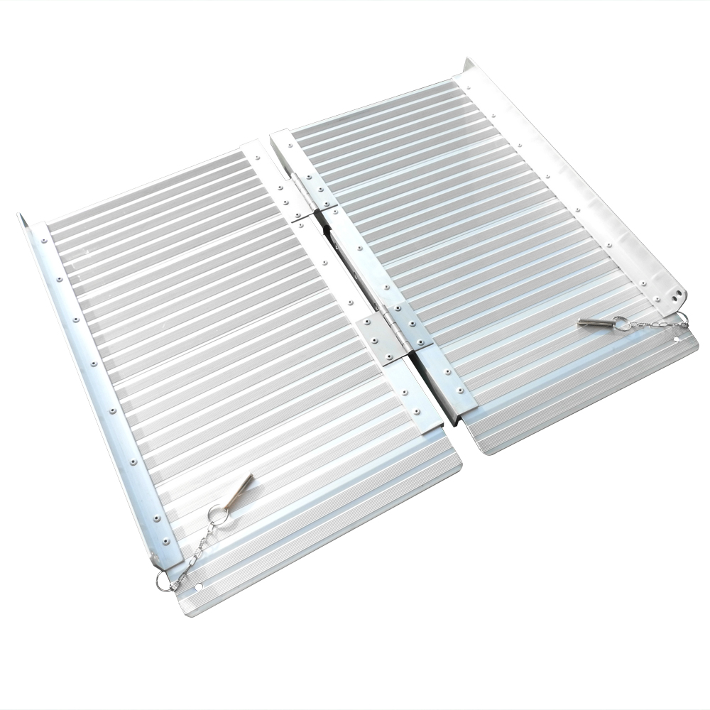 2 Ft Home Corridor Aluminum Alloy Folding Ramp Silver