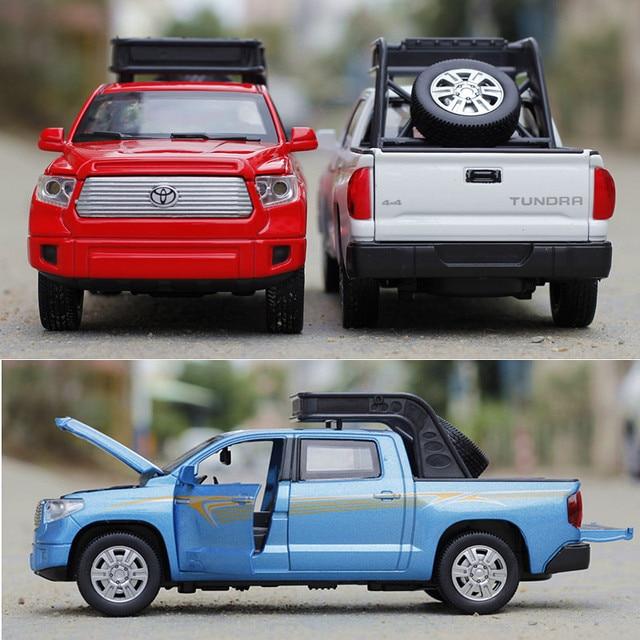 1:32 Scale Tundra Alloy Car Three Colors Acousto-optic Metal Cars Model Pull Back Toys Classic Simulation Auto Brinquedo