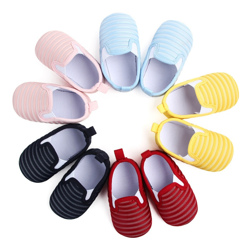 Nouvelles chaussures antidérapantes en maille pour bébé premiers marcheurs chaussures à fond souple pour enfants de 0 à 1 ans