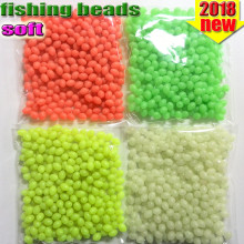 цена на Oval fishing beads 300pcs/lot luminous beads fishing plastic lure glow in the dark color red yellow white green