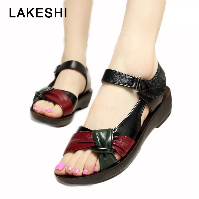 LAKESHI Middle-aged Leather Woman Sandals Soft Bottom Mother Shoes Mixed Colors Fashion Female Sandals 2019 New Mother Sandals