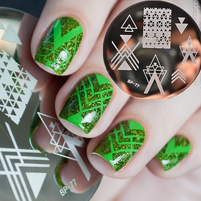 Pretty Negative Space Nail Art