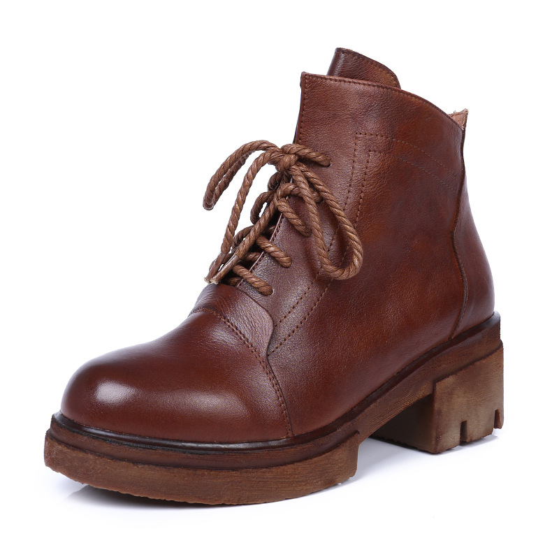 2018 autumn and winter leather women's Martin boots new round head loose thick with popular boots leather boots