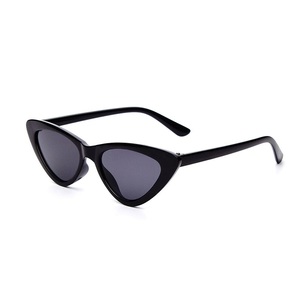 2018 Kids Sunglasses Fashion Style Vintage EyeKids Boys Girls Triangle Classic Sun Glasses for kids Red Female hot selling UV400