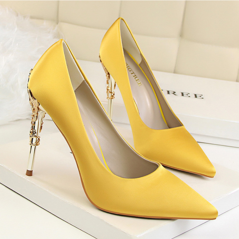 b68d3ca1f89 Sexy Party Women Shoes Pink Red Yellow Gold High Heels Silver Wedding Woman  Pumps Silk Dress Flower Metal Heel Shoe Size 34 39-in Women s Pumps from  Shoes ...