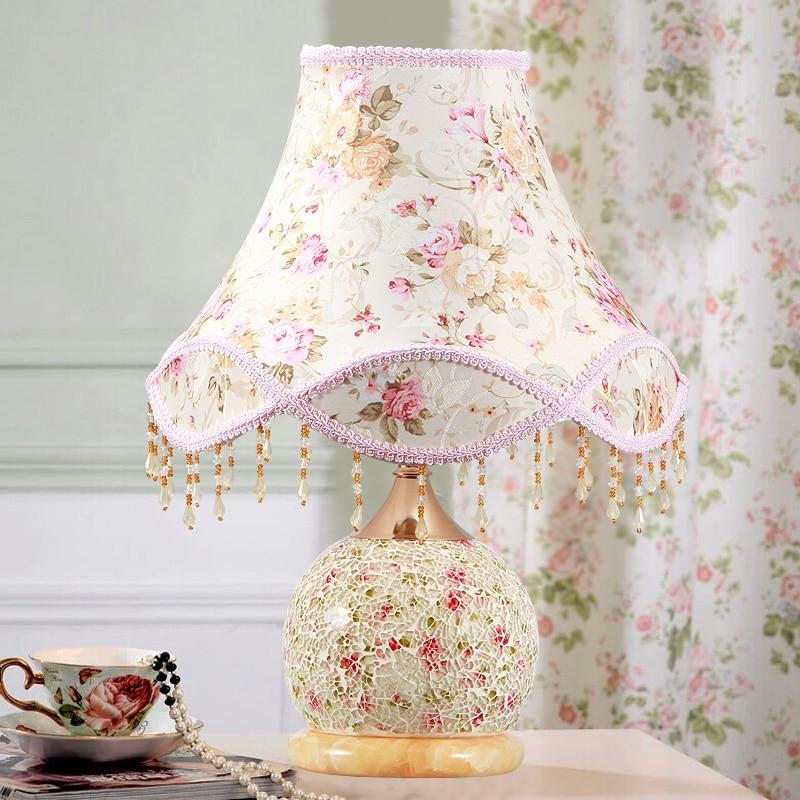 Деревенский Настольная лампа спальня ночники современный небольшой стеклянный столик, лампа E27
