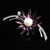 Vintage Flower Bouquet Alloy Austrial Crystal Brooches Women Brooch With Wedding Hijab Scarf Pins Up Fashion