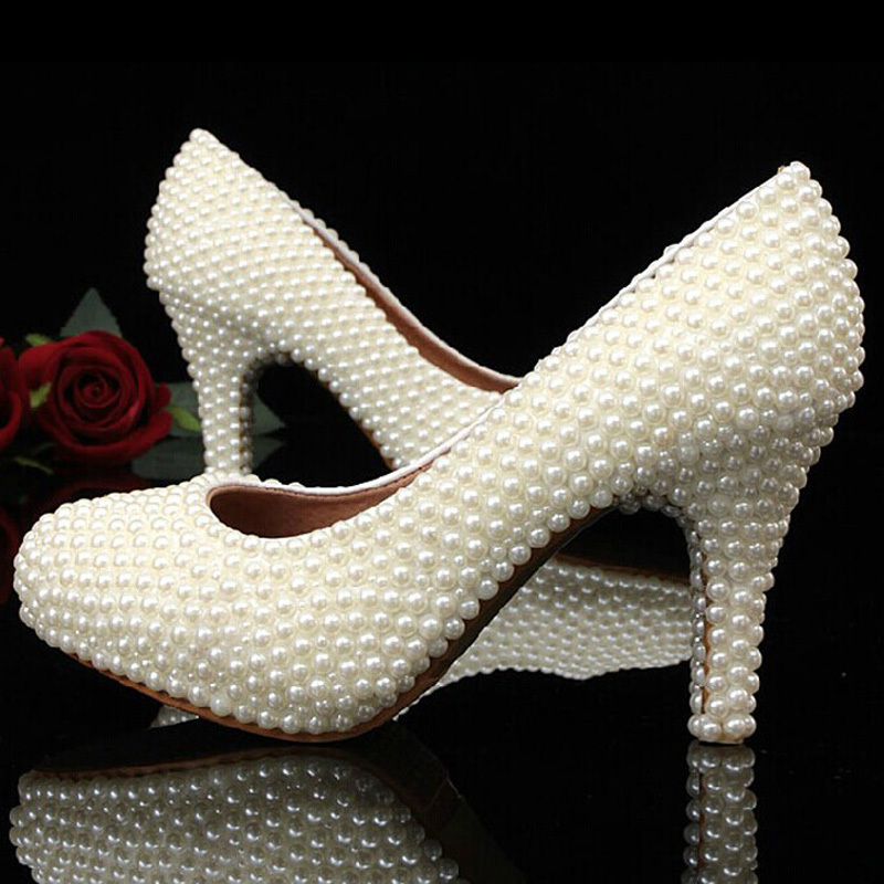 ФОТО Beautiful white pearls closed toe short heels bridal shoes high heel party shoes Elegant Shoes for Bridesmaid Bridal Dress Shoes