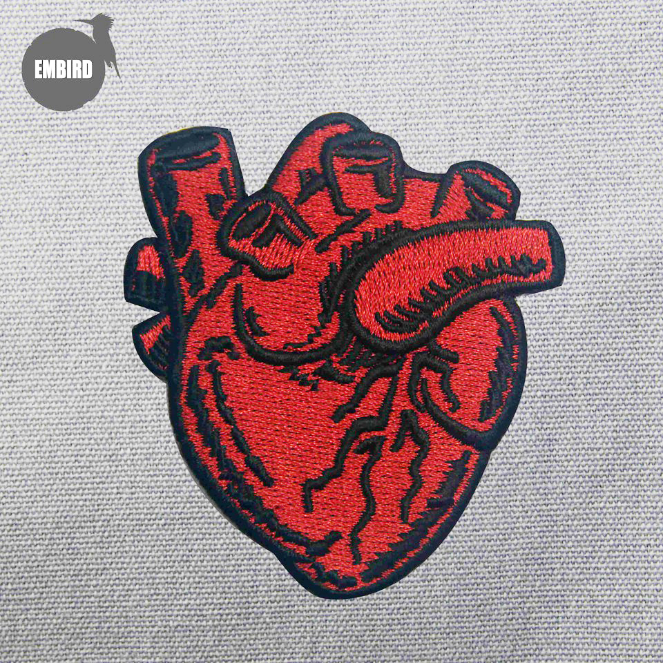 Patches Romantic 1pcs New Hand Embroidered Iron On Patch Anatomical Heart Patch Flower Heart Gift For Doctor Nurse Grunge Patches