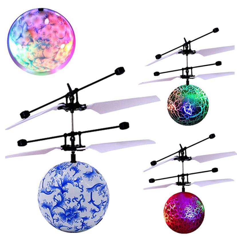 RC Spielzeug Fliegende Ball, hubschrauber Ball Led-beleuchtung für Kinder Jugendliche Bunte Flyings für Kinder Spielzeug. Q30 AUG10