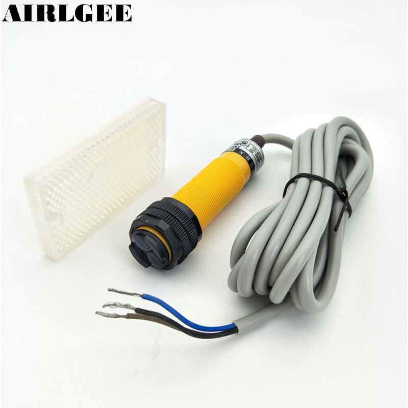 E18-R2P1 DC6-36V 3 Wire 2M Sensor Distance PNP NO Retroreflective Photoelectric Switch w Reflector 5pcs proximity switch inductive sensor dc6 36v 3wire no pnp dc 300ma detection distance 2mm m8 lj8a3 2 z by