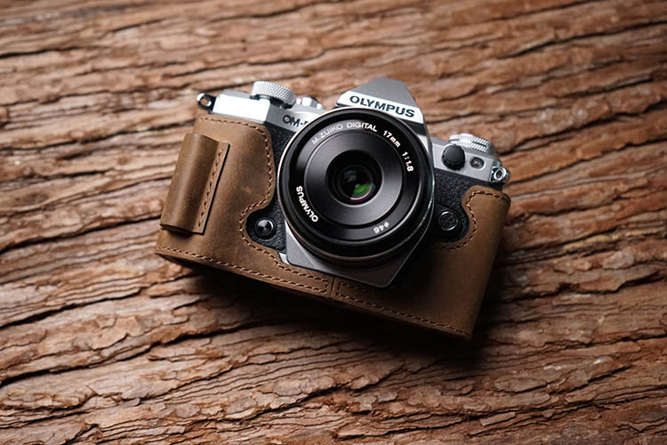 Handmade Genuine Real Leather Half Camera Case Bag Cover for Olympus OM-D E-M10 Mark III Bottom Open Sandy Brown color